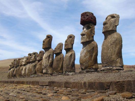 El Ahu Tongariki con sus 15 moai...